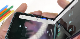 Samsung Galaxy Z Flip's hinge brushes may not block dust after all